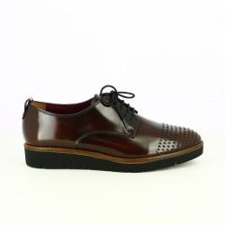 zapatos planos TAMARIS burdeos con cordones