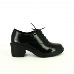 zapatos tacón FRANCESCO MILANO oxford de charol negros