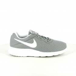 zapatillas deportivas NIKE tanjun grises