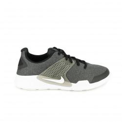zapatillas deportivas NIKE negras y grises con suela blanca - Querol online