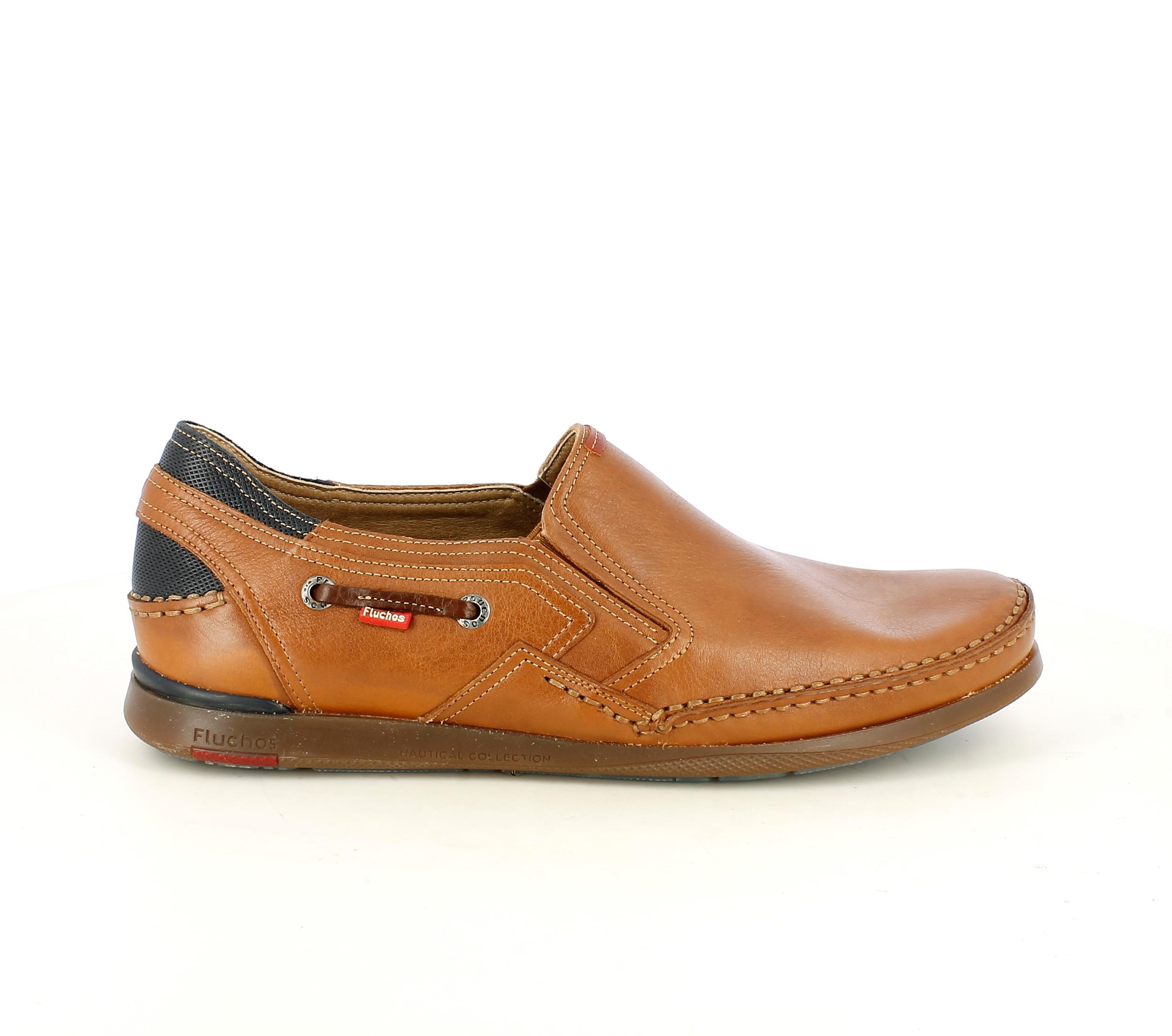 Zapatos sport Fluchos mocasines de piel marrones con detalles azules