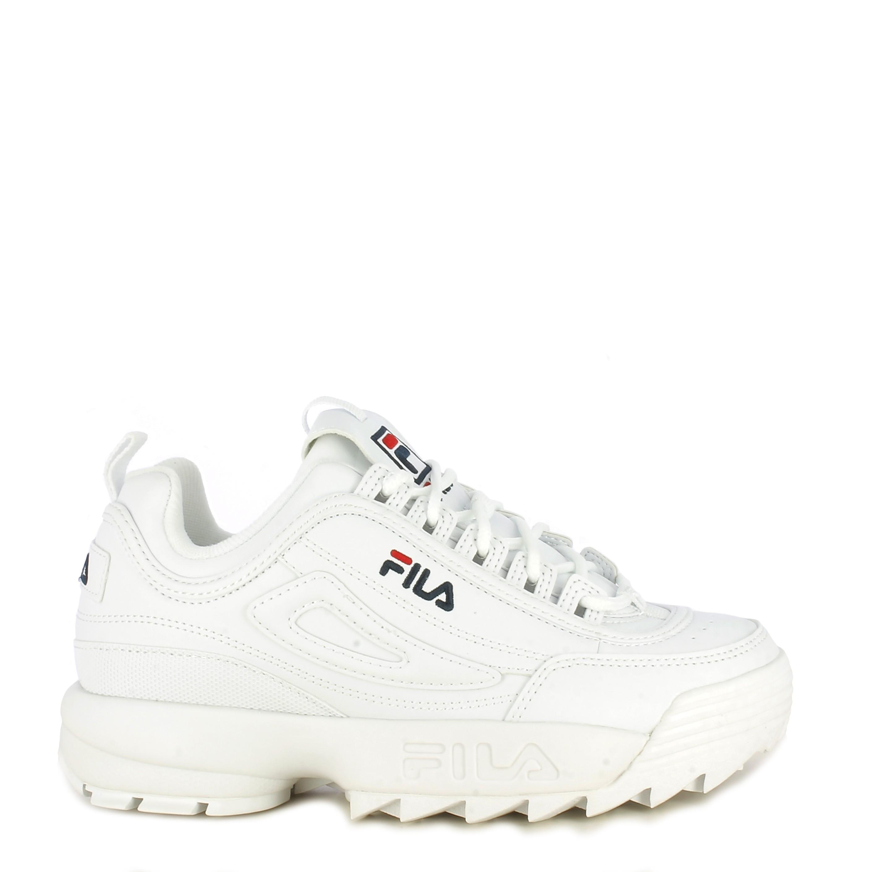 Zapatillas Deportivas Blancas Con Cordones Modelo