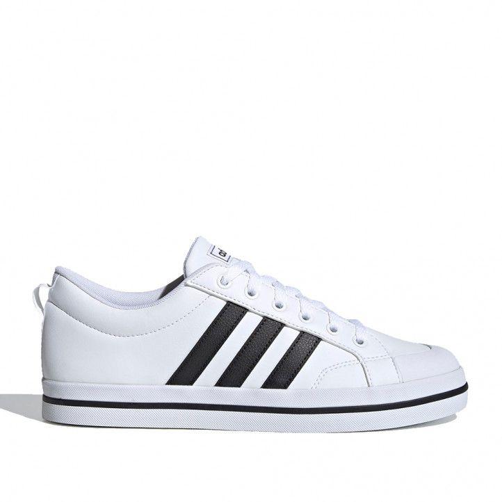 Sabatilles esportives Adidas blanques amb tres bandes negres vs pace - Querol online