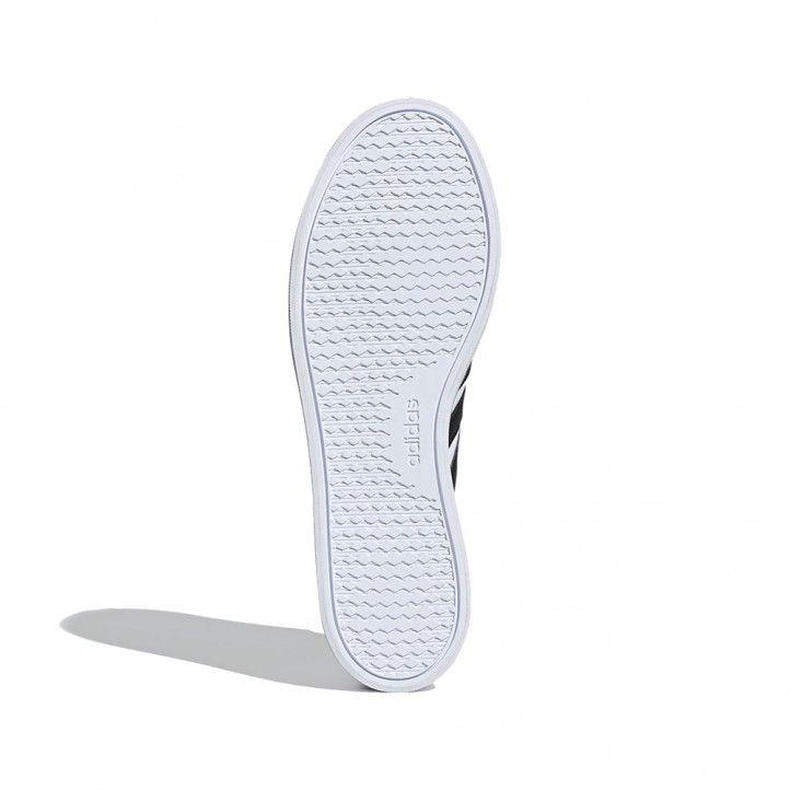 Zapatillas deportivas Adidas blancas con tres bandas negras vs pace - Querol online