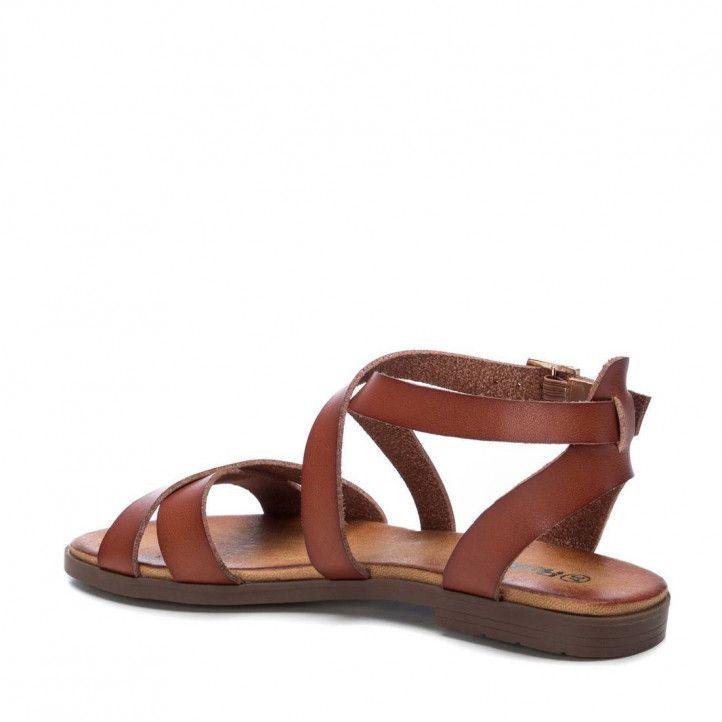 Sandàlies planes Refresh marrons estil romà amb tires i tanca amb sivella - Querol online