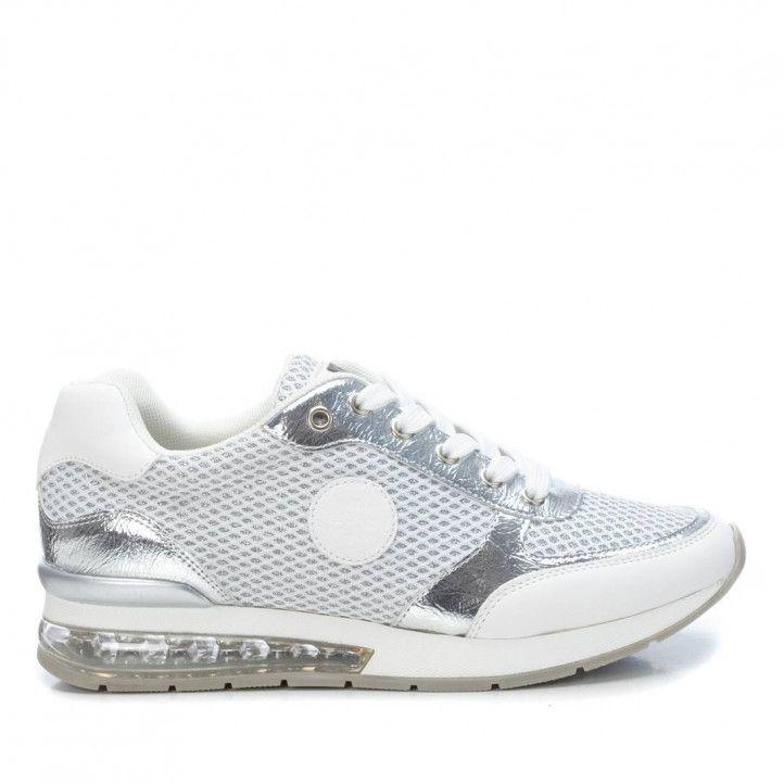 Zapatillas deportivas Xti blancas y plateadas de malla - Querol online