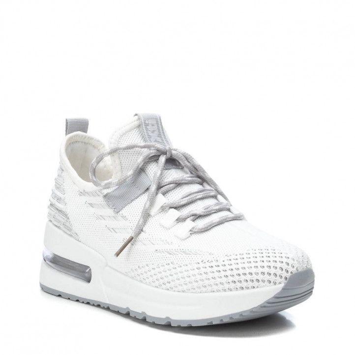 Zapatillas deportivas Xti blancas y grises de malla - Querol online