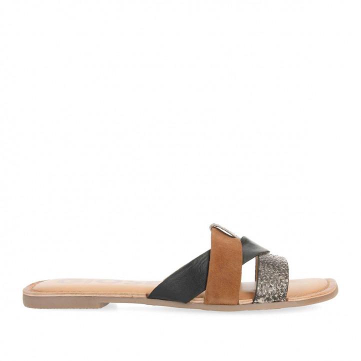Sandàlies planes Gioseppo de pell marrons amb tires de diversos colors - Querol online