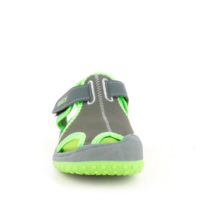 sandalias QUETS! cerradas grises y verdes con velcro - Querol online