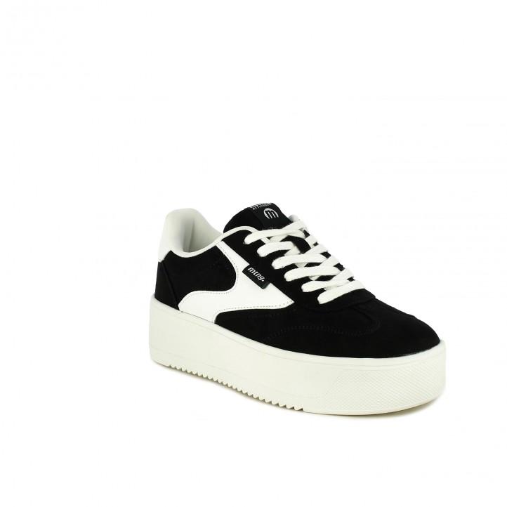 zapatillas lona Mustang negras y blancas con plataforma - Querol online