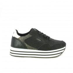 zapatillas deportivas Mustang negras con plataforma a rayas - Querol online