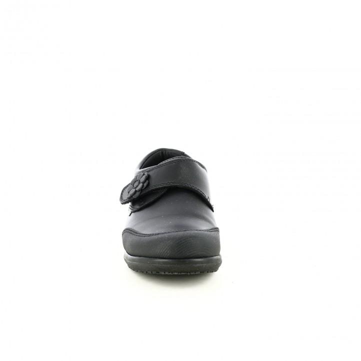 zapatos PABLOSKY de piel cerrados y con flores - Querol online