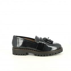 zapatos planos REDLOVE mocasines nergos de charol con borlas - Querol online