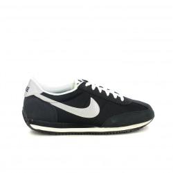 zapatillas deportivas NIKE negras, plateadas y blancas - Querol online