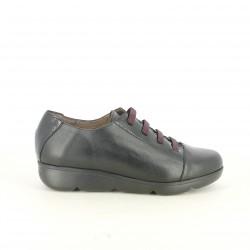 sabates de falca WONDERS negres tancades amb xarol - Querol online