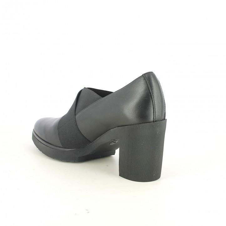 zapatos tacón WONDERS negros de piel con gomas - Querol online