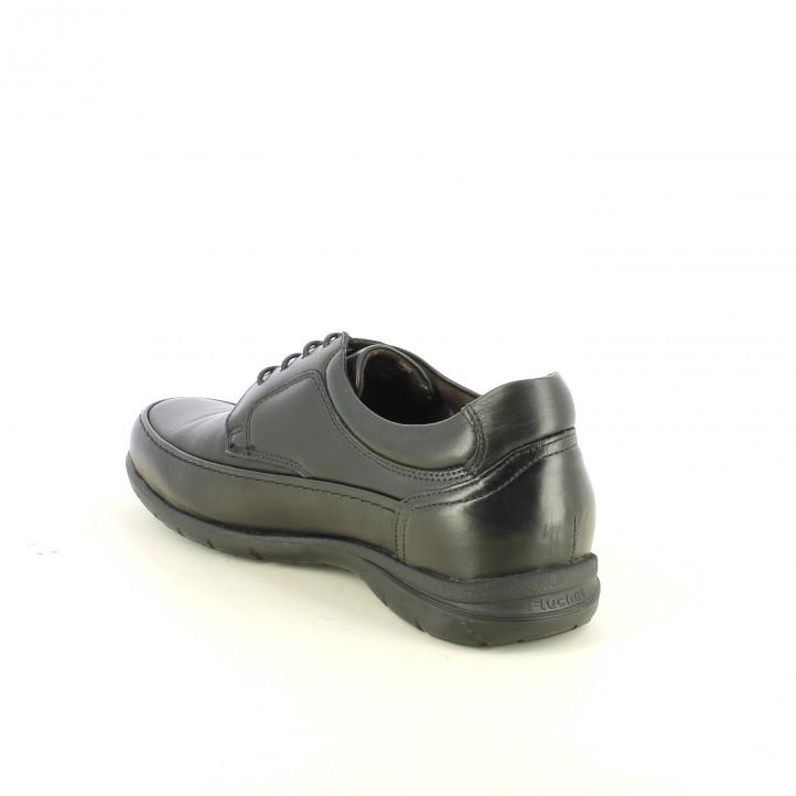 zapatos sport FLUCHOS negros de piel con suela flexible - Querol online