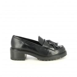 sabates de taló REDLOVE mocassins negres amb borles - Querol online