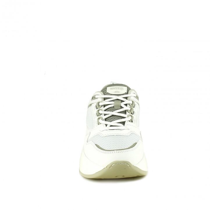 zapatillas deportivas Mustang blancas con suela gruesa - Querol online