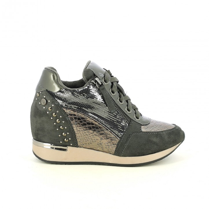 zapatillas deportivas XTI negras con lentejuelas y cuña - Querol online