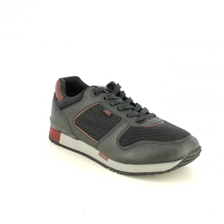 zapatos sport XTI negros estampados - Querol online