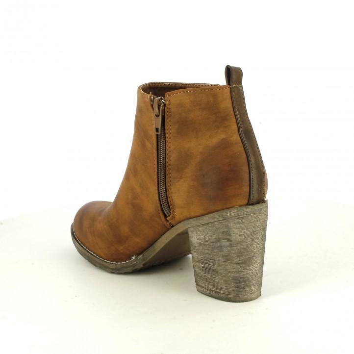 botins de taló REFRESH FOOTWEAR marrons amb serrells - Querol online