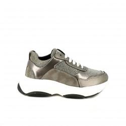 619bfec83c4 Zapatillas deportivas OWEL plateadas y blancas - Querol online