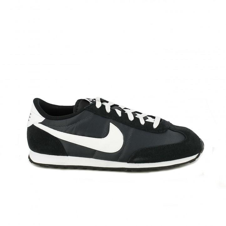 zapatillas deportivas NIKE mach runner negras y blancas - Querol online