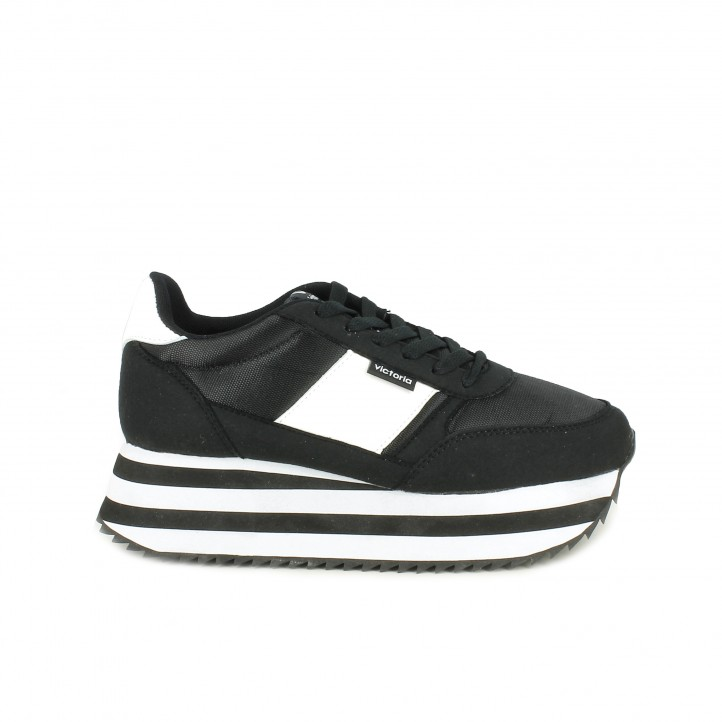 f1408dce4f7 Zapatillas deportivas Victoria negras y blancas con plataforma - Querol  online ...