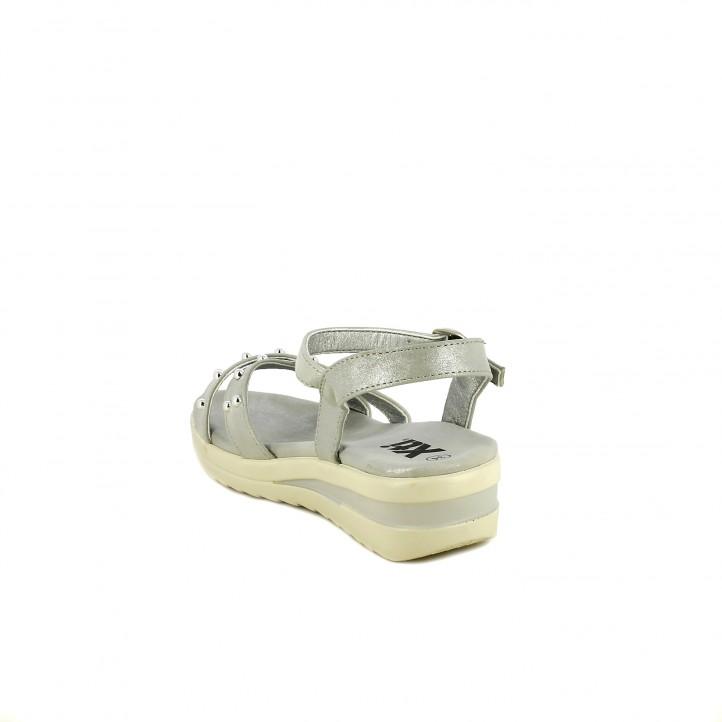 sandalias Xti grises metalizadas con plataforma y hebilla - Querol online