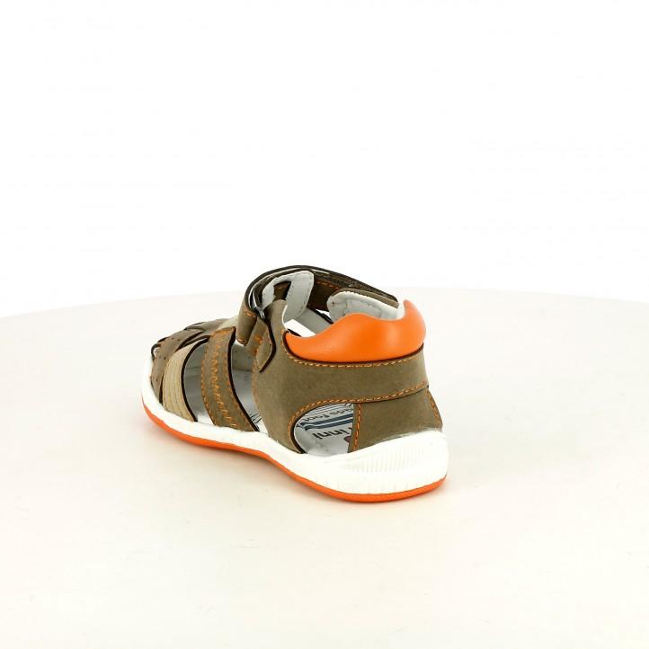 sandalias K-Tinni cerradas marrones y naranjas con velcro - Querol online