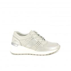 Zapatillas deportivas Amarpies grises metalizadas de plataforma con orificios y cordones - Querol online