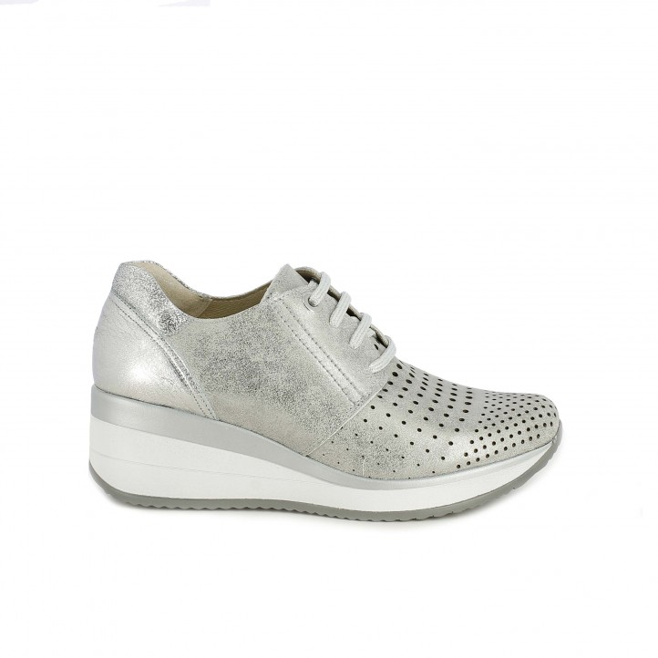 Zapatillas deportivas Suite009 gris metalizado con plataforma y orificios - Querol online