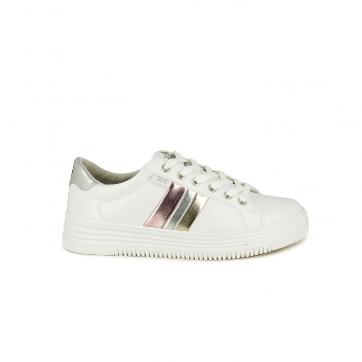 644e228a Zapatillas deportivas Xti blancas de cordones con franjas metalizadas -  Querol online ...