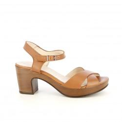 Sandalias tacón Wonders marrones de piel con tacón de madera - Querol online