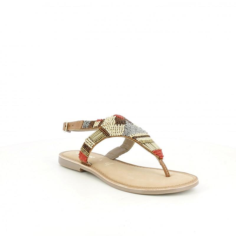 Sandalias planas Gioseppo marrones de piel con abalorios