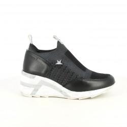 Zapatillas deportivas Cetti negras con plataforma blanca - Querol online