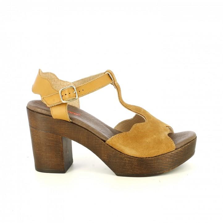 Sandalias tacón Redlove marrones de piel con tiras, hebilla y tacón de madera - Querol online