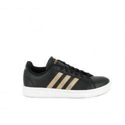 30546d4be29 Zapatillas deportivas Adidas grand court negras con franjas doradas -  Querol online