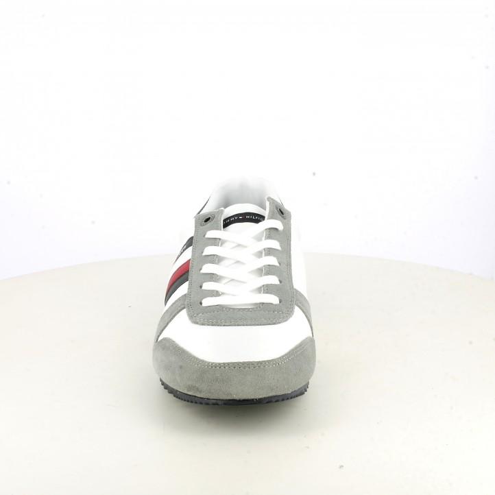 Sabatilles esportives Tommy Hilfiger blanques i grises amb detalls blaus i vermells - Querol online