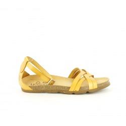 Sandalias planas Yokono amarillas de piel con tiras y hebilla en el tobillo - Querol online