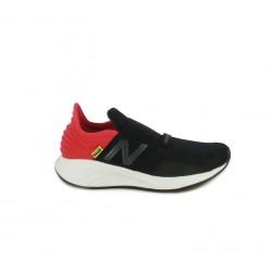 Zapatillas deporte New Balance fresh foam roav negras y rojas - Querol online