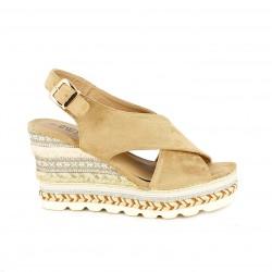 Cuñas Owel beige con hebilla dorada y plataforma - Querol online