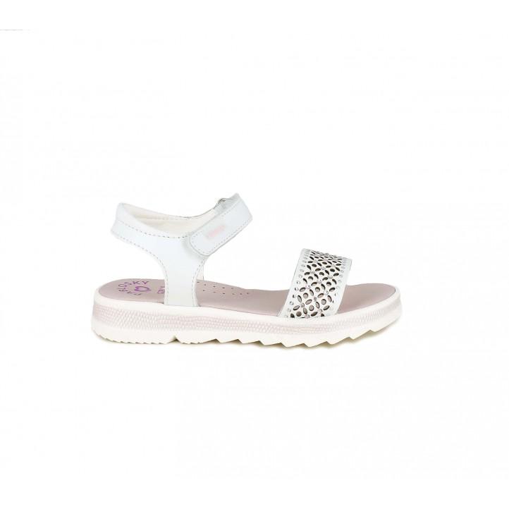 sandalias Pablosky blancas con brillantes, tachuelas y orificios - Querol online