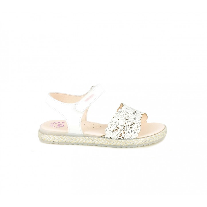 sandalias Pablosky blancas de piel con detalles de flores - Querol online