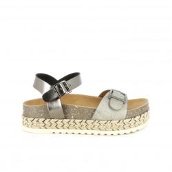 Sandalias planas Xti girs metalizado con plataforma y doble hebilla - Querol online