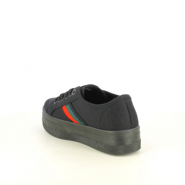 Zapatillas lona Mustang negras de plataforma con detalle lateral - Querol online
