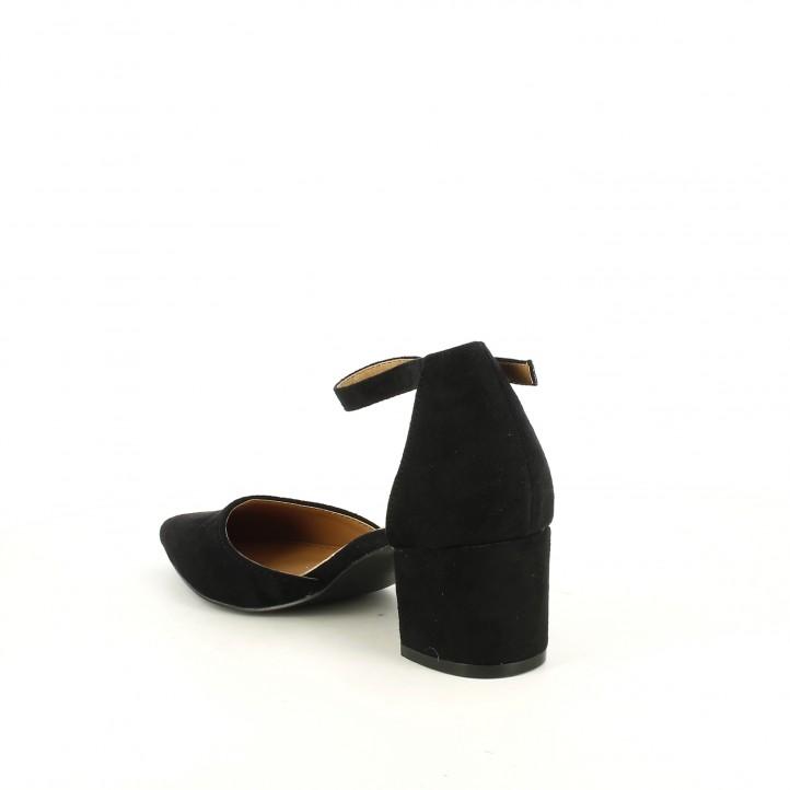 Sandalias tacón Refresh negras de punta con hebilla en el tobillo - Querol online