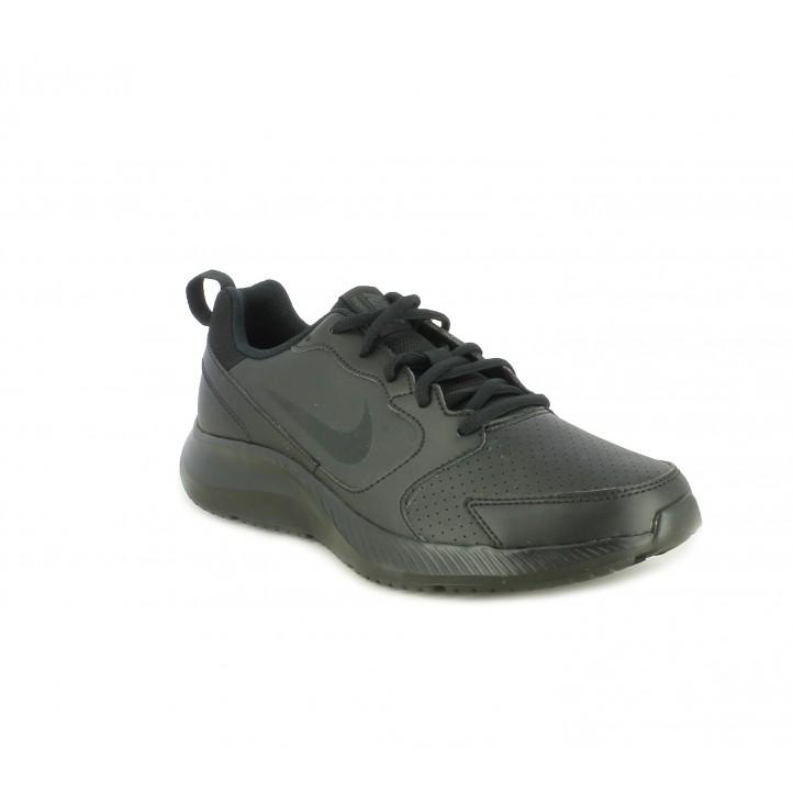 Zapatillas deportivas Nike negras ligera con microperforaciones - Querol online