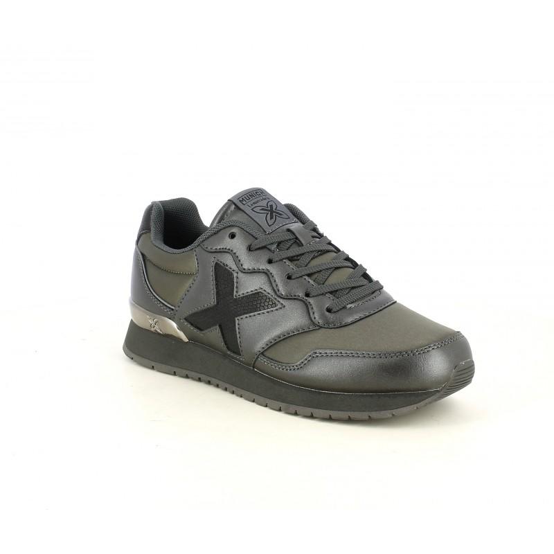 Zapatillas deportivas MUNICH dash kid verdes, grises y negras con acabado metalizado